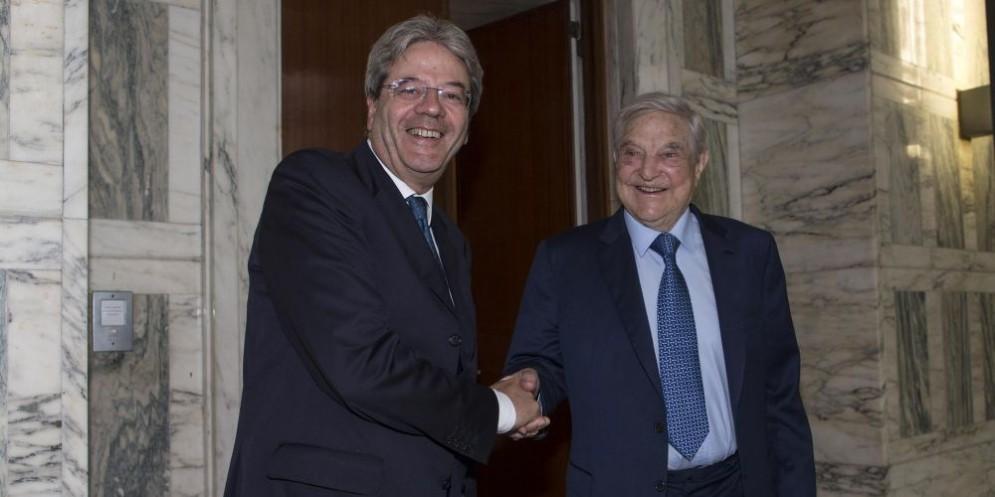 CHI È SOROS E I COLLEGAMENTI CON I POLITICI ITALIANI